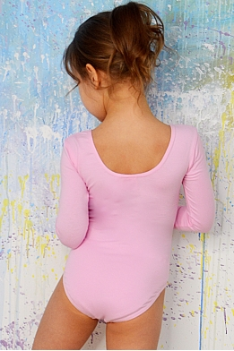 Leotard for dance and gymnastics with long sleeves light pink