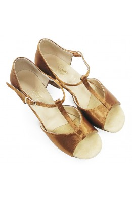 Dance shoes for girls (beige satin)