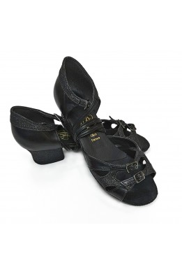Dance shoes for girls (black)