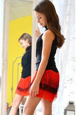 Dance skirt with fringe black/red