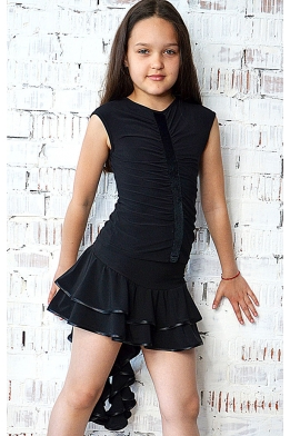 Dance skirt with twisted back